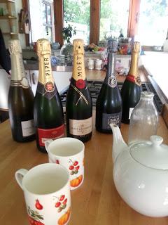 champagne tea time